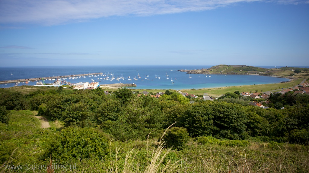Uitzicht op Braye Bay