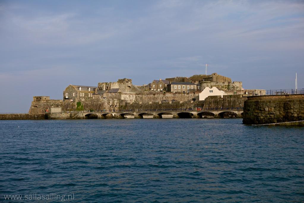 Cornet Castle bij St. Peter Port